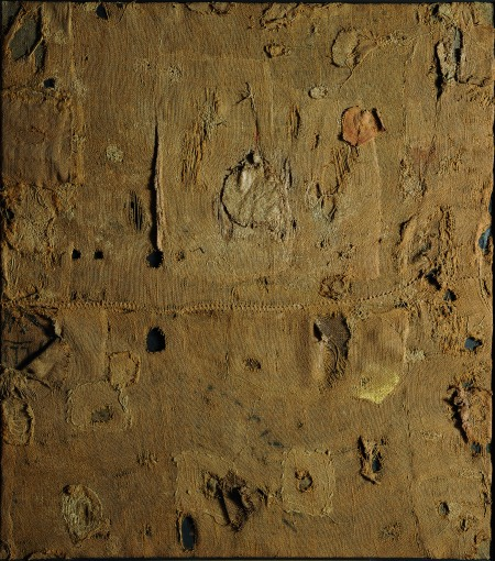 Alberto Burri Sacco e oro (Sackcloth and Gold), 1953 Burlap and gold on canvas 49 5/8 x 43 11/16 in. (126 x 111 cm) © Fondazione Palazzo Albizzini Collezione Burri, Città di Castello – by SIAE 2012
